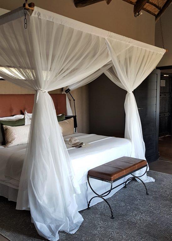 Mhondoro Safari Lodge